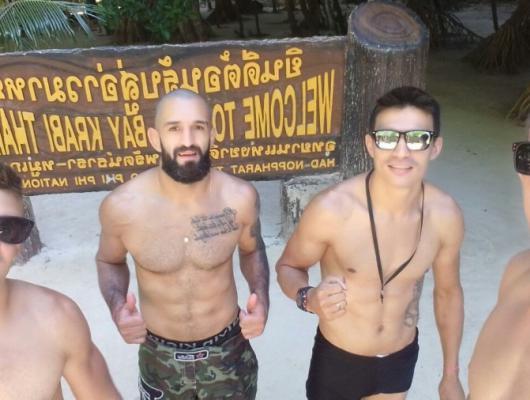 Renato, Estevão, Simon e Jussemar / Phi Phi Island Tailândia