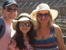 Gustavo, Manuela e Viviane Coser / Itália